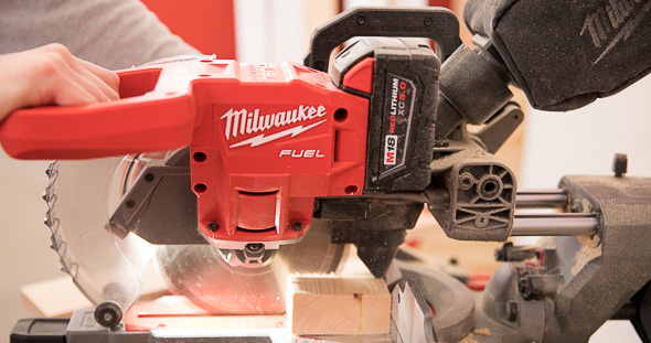 Milwaukee M18 Fuel Compact Sliding Miter Saw Cutting Wood