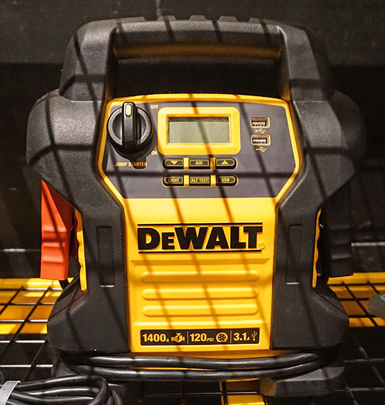 Dewalt 1400 peak amp jump starter with compressor and USB