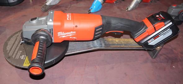 M18 Fuel Large Angle Grinder