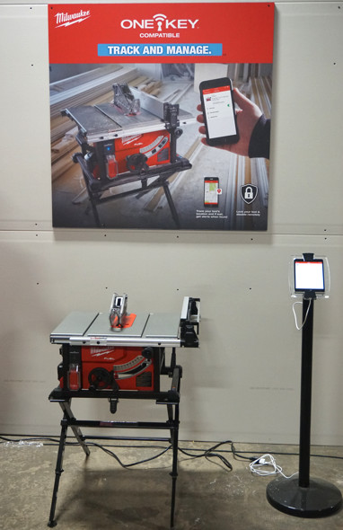 Milwaukee M18 Fuel table saw One-Key functionality