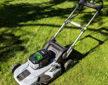 EGO 21inch push mower hero shot