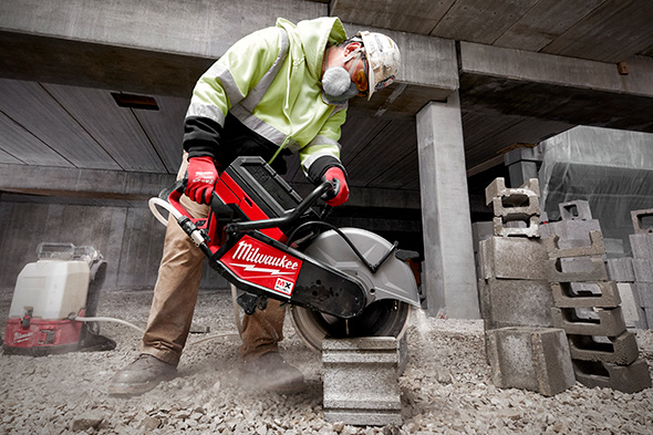 Milwaukee MX Fuel Cordless Cut-Off Saw Cutting Masonry Blocks