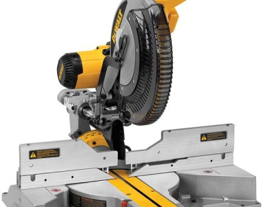 Dewalt DWS780 12-Inch Sliding Miter Saw