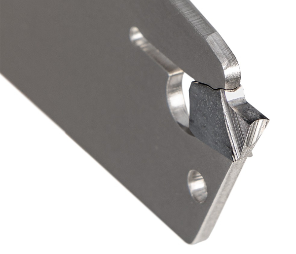 Woodpeckers Ultra Shear Parting Tool insert closeup