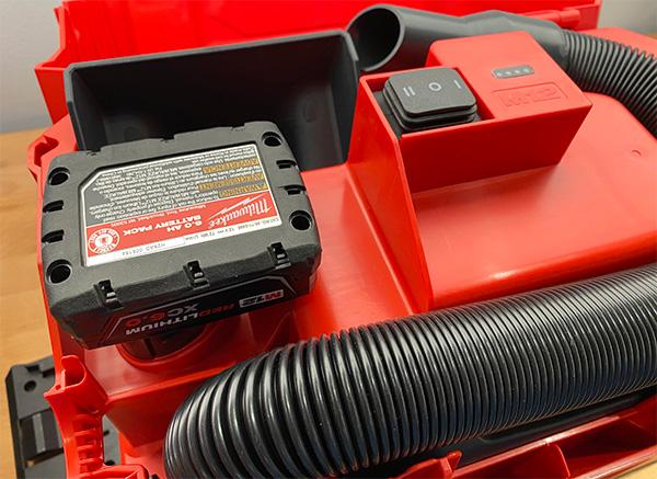 Milwaukee M12 Fuel Cordless Wet-Dry Vacuum Storage Compartment