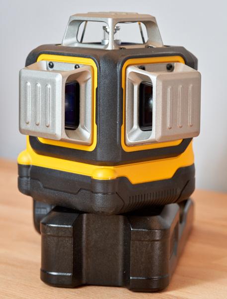 Dewalt 20V Max 3x360 Green Line Laser Front