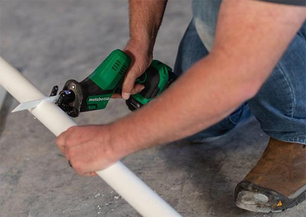 Metabo HPT CR18DAQ4 Compact Reciprocating Saw Cutting PVC