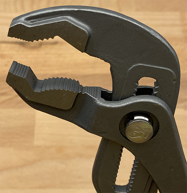 Husky 10-inch Adjustable Pliers Jaws
