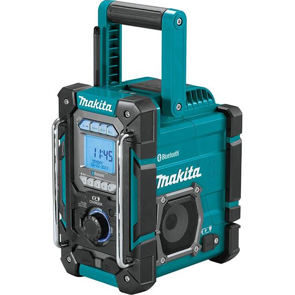 Makita XRM10 Bluetooth Radio and Charger