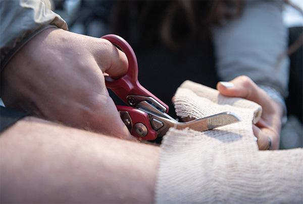 Leatherman Raptor Response Shears Cutting Medical Wrap