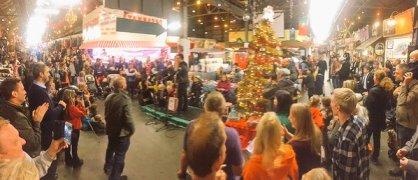christmas_crowd