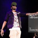 """VIDEO: Wizkid Performing """"London Girl"""""""