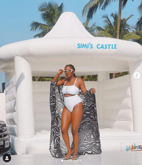 Simi Shows Off Her New Castle || See Photos 6