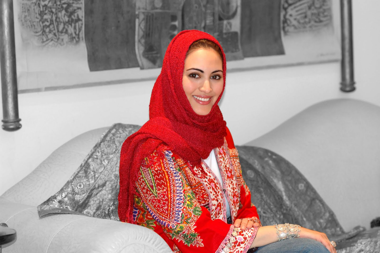 Самая красивая саудовская арабка Муна Абу Сулейман / Muna AbuSulayman фото