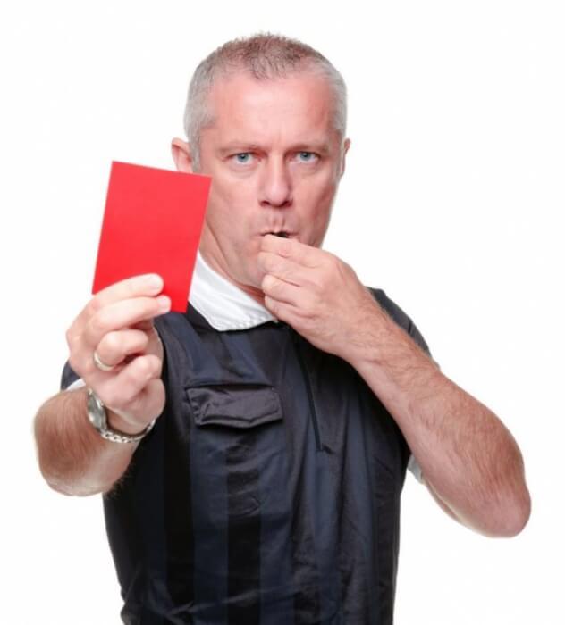 Красная карточка в футболе