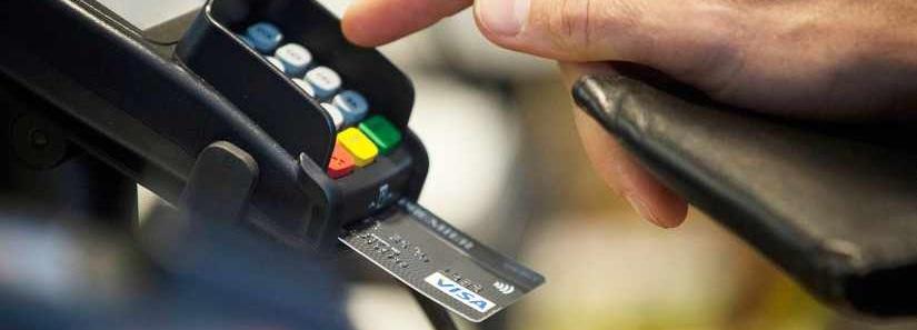 Miks eelistada pangakaarti sularahale