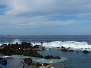 Meeresschwimmbecken in Porto Moniz