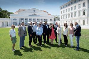 Einige Teilnehmer und Referenten des diesjährigen Wellness-Gipfels
