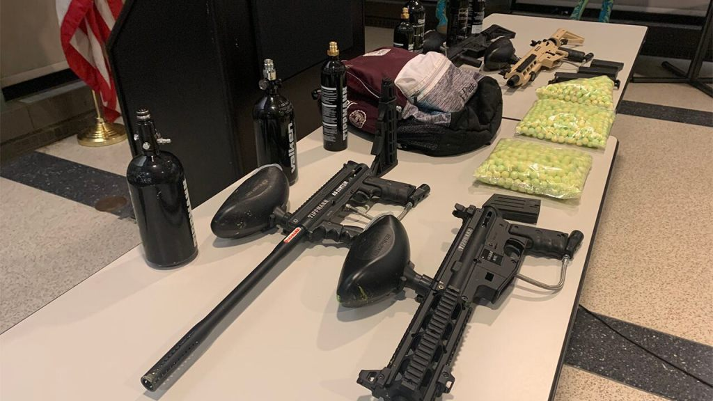 Chicago police arrest 6 in string of paintball gun shootings