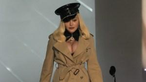 Madonna-mtv-vmas-2021_coat.jpg