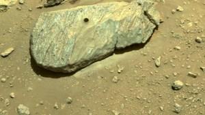 Mars-Rock-Hole-2.jpg