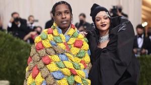 Rihanna-ASAP-Rocky-met-gala-2.jpg