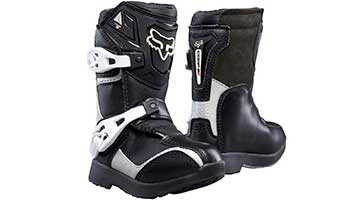 8 Best Riding Shoes for Motorcycle Riders of 2020 For