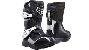 8 Best Riding Shoes for Motorcycle Riders of 2020 For Outdoor Racing Fun