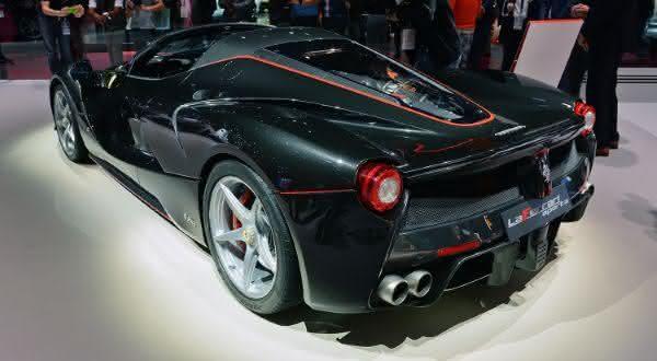 Ferrari LaFerrari Aperta 2 entre os carros mais caros do mundo