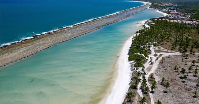 Praia muro alto uma das praias mais bonitas do Brasil