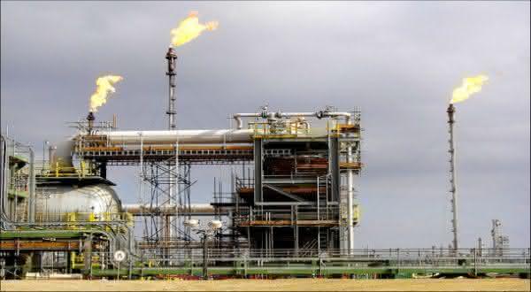 Casaquistao petroleo