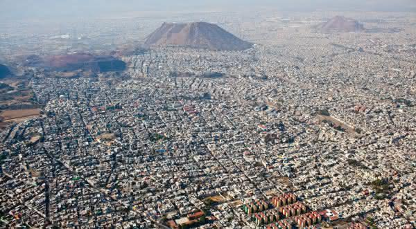 Neza Chalco Itza cidade do mexico a maior favela da america