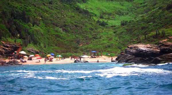 olho de boi em buzios praia de nudismo