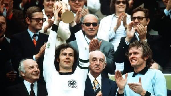 Franz Beckenbauer melhores jogadores de futebol de todos os tempos