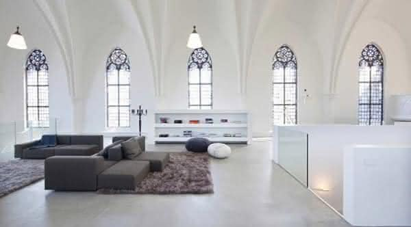 casa em antiga igreja casas mais criativas