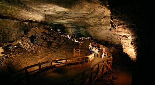 Mammoth Caverna