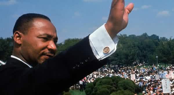 Martin Luther King Jr entre as pessoas mais famosas da historia