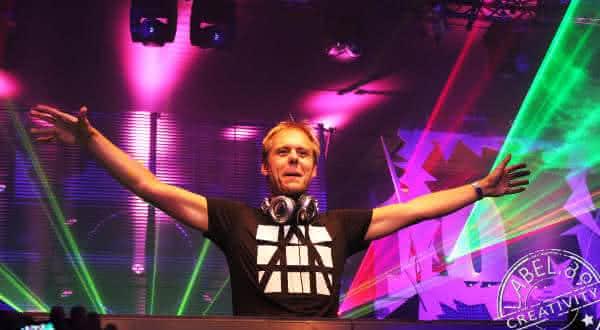 Armin Van Buuren entre os melhores djs do mundo