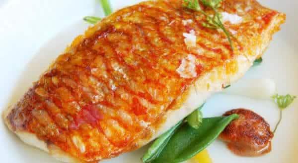 pescada um dos alimentos com mais proteinas