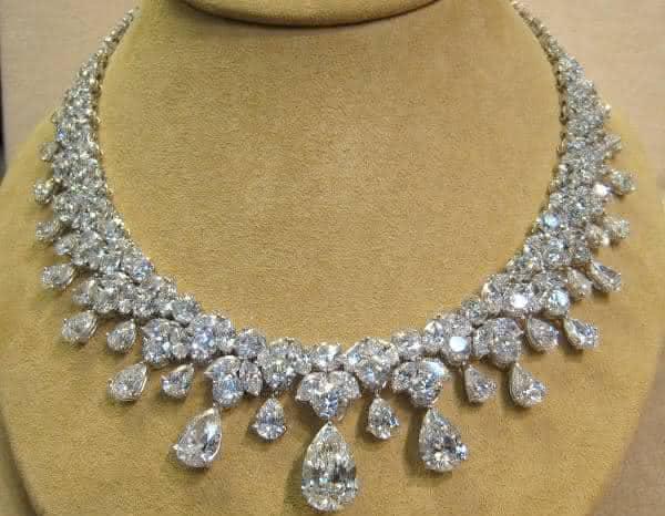 Colar Neil Lane Diamond   entre os colares mais caros do mundo