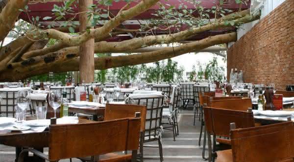 figueira rubaiyat entre os melhores restaurantes do brasil