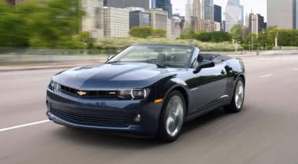 Chevrolet Camaro 1LT convertible entre os carros conversiveis mais baratos do mundo
