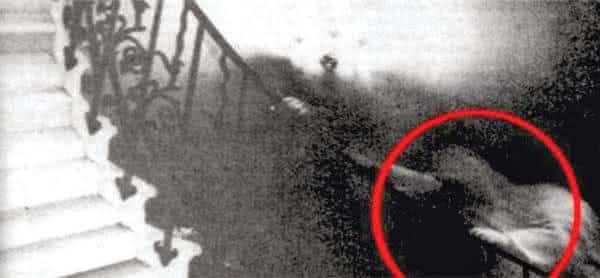 Fantasma da Escadaria Tulipa entre as fotos de fantasma mais famosa