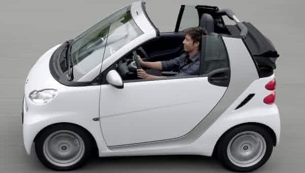 Smart ForTwo Passion Cabriolet entre os carros conversiveis mais baratos do mundo