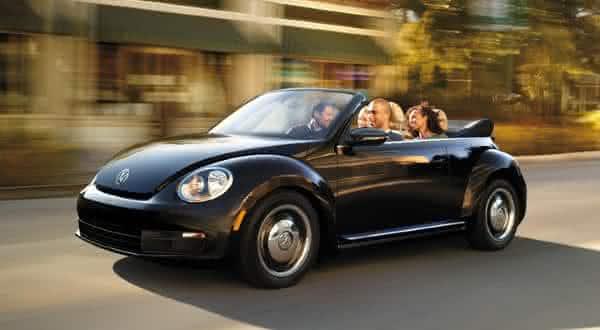Volkswagen Beetle 25L entre os carros conversiveis mais baratos do mundo
