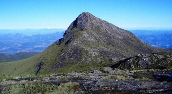 pico do cristal entre os picos mais altas do brasil