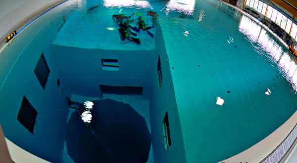 Nemo 33 entre as piscinas mais bonitas do mundo