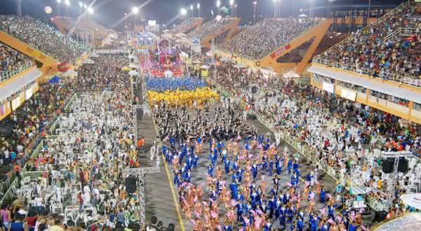 carnaval de manaus entre os melhores carnavais do brasil