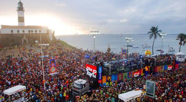 carnaval de salvador entre os melhores destinos de carnavais do Brasil