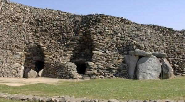 Barnenez entre as construcoes mais antigas do mundo